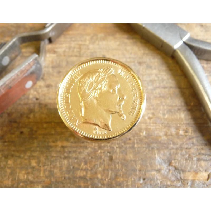 Chevalière or ronde pièce de 20 Francs or Napoléon tête laurée